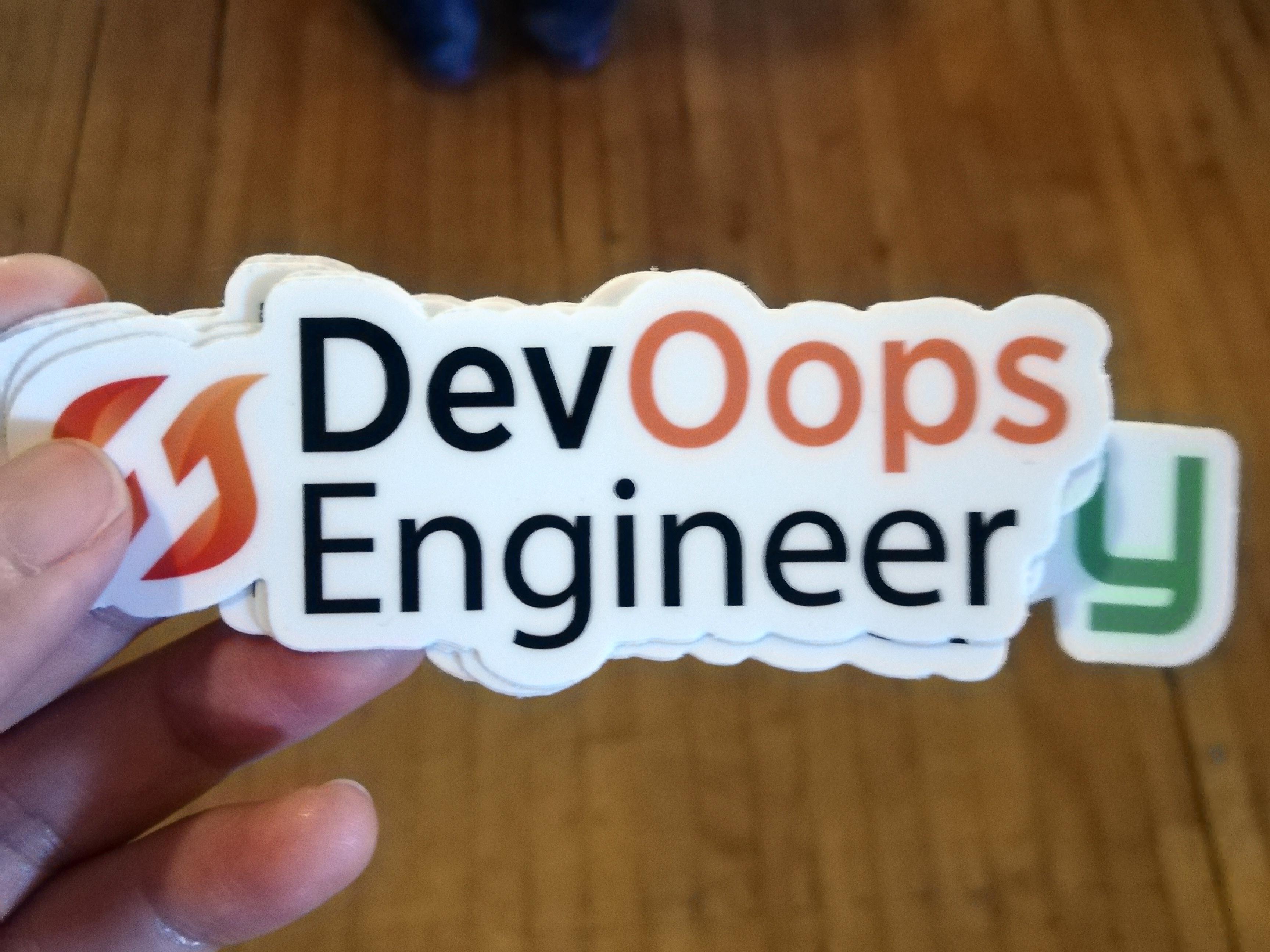 DevOpsエンジニアが、Oopsしないように(やってしまわないように)というメッセージ